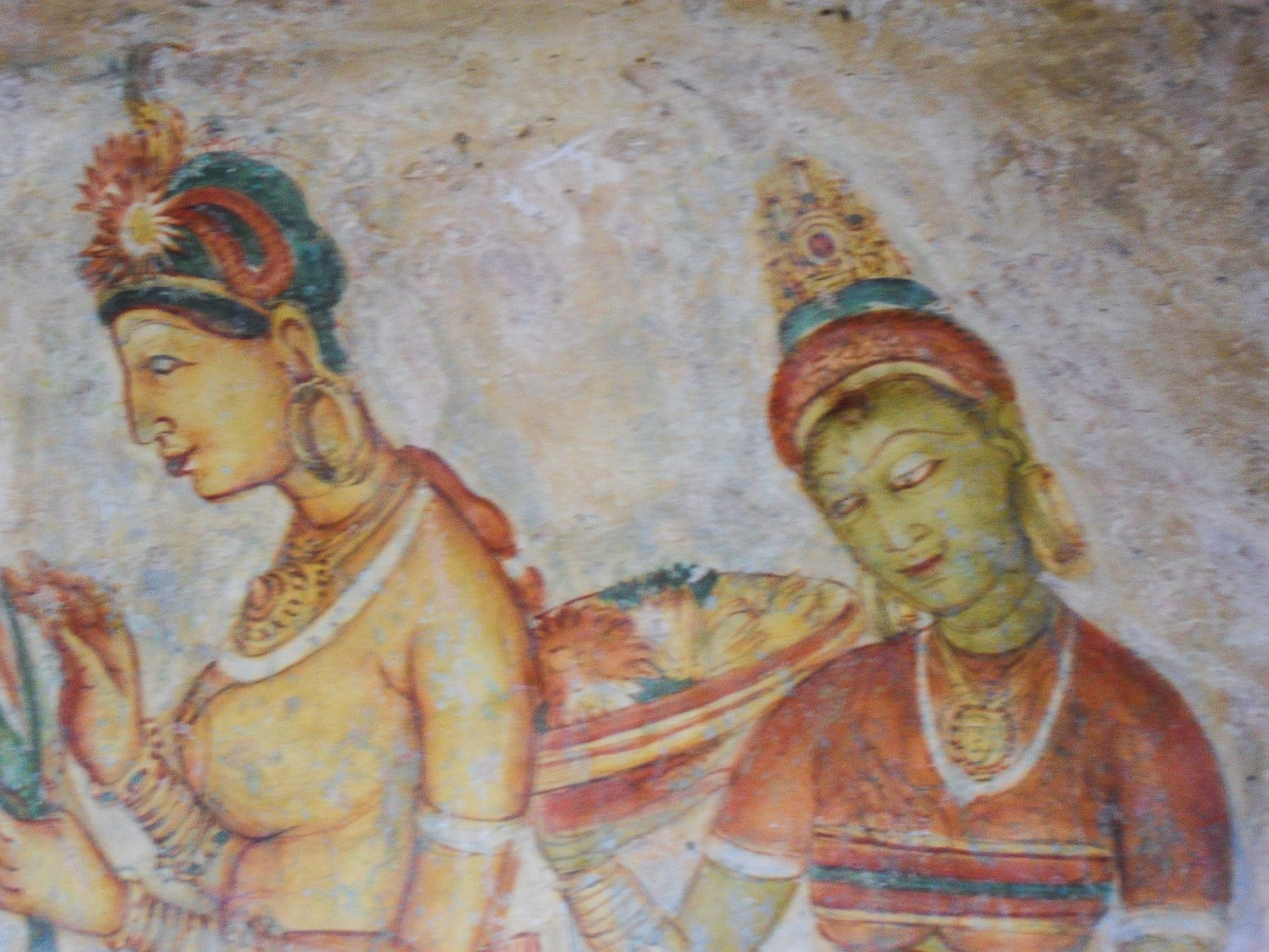 Sigiriya-Wall-Paintings-6