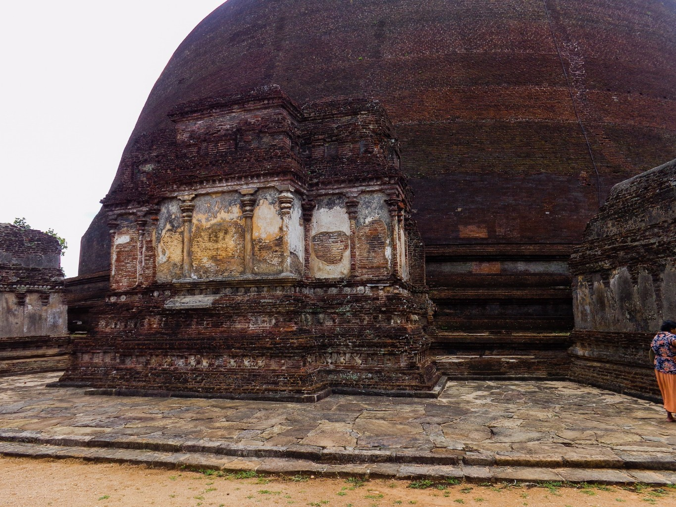 Rankoth-Vehera-Ancient-City-of-Polonnaruwa-14