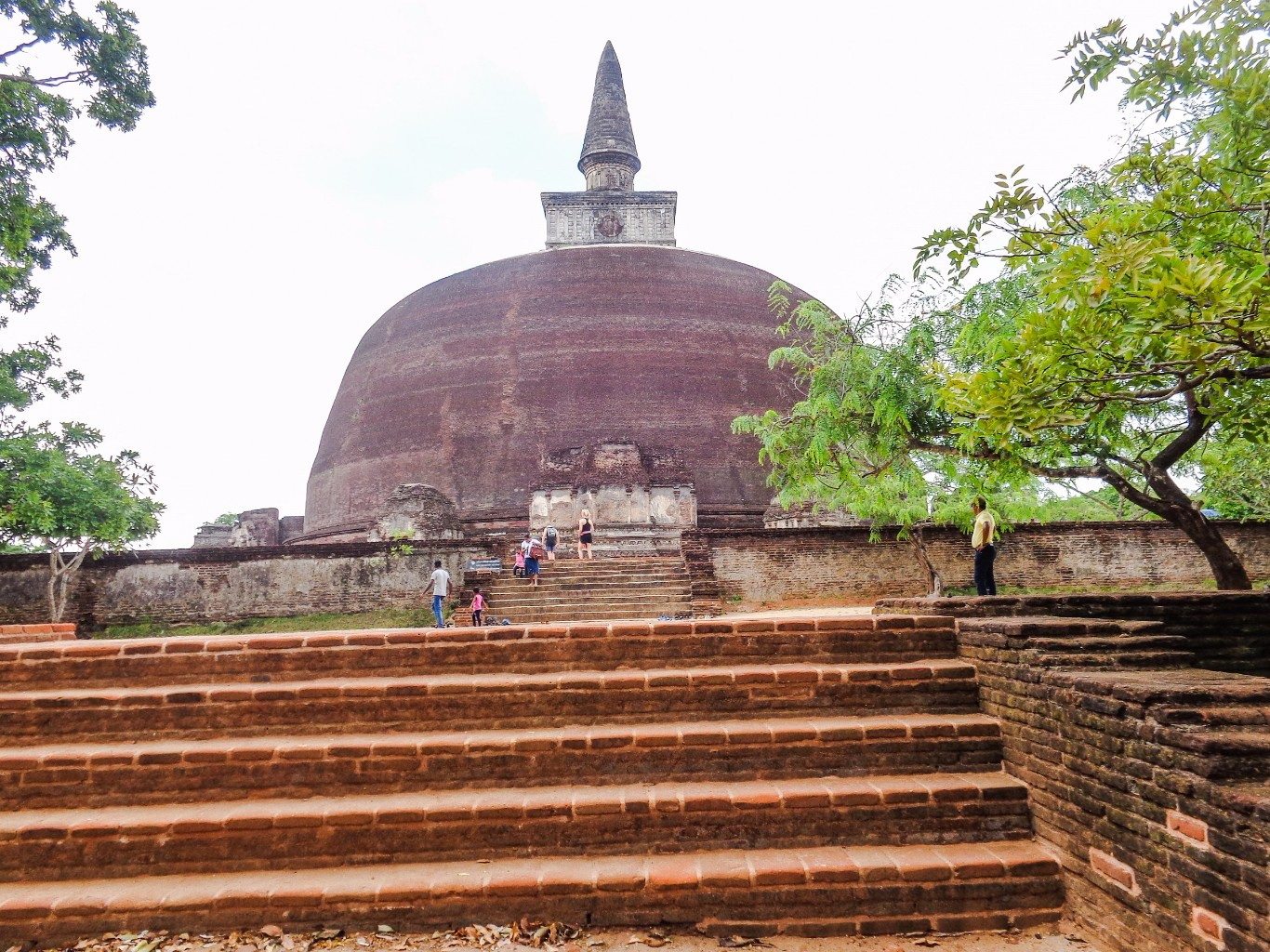 Rankoth-Vehera-Ancient-City-of-Polonnaruwa-5