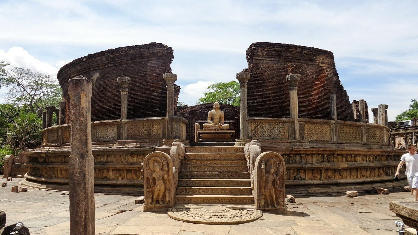 Vatadage-Ancient-City-of-Polonnaruwa-5
