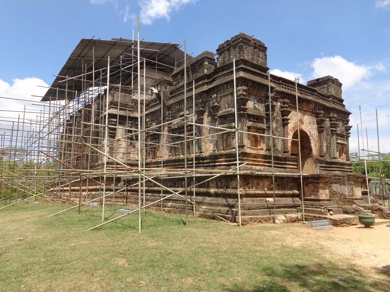 Thuparama-Polonnaruwa-4