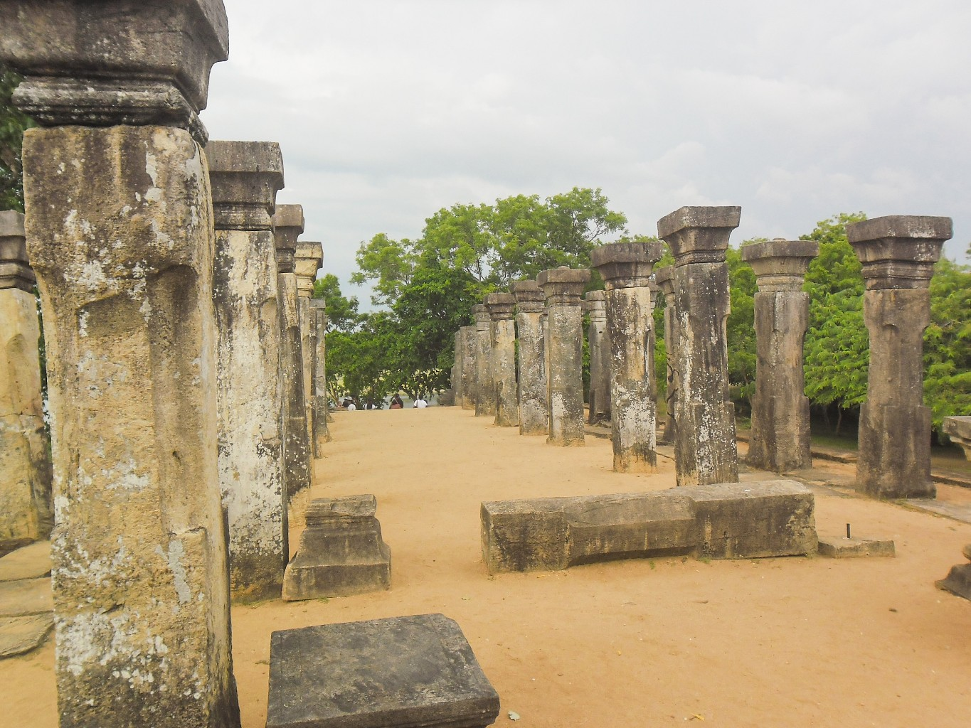 Council-Chamber-of-Nissankamalla-Ancient-City-of-Polonnaruwa-12