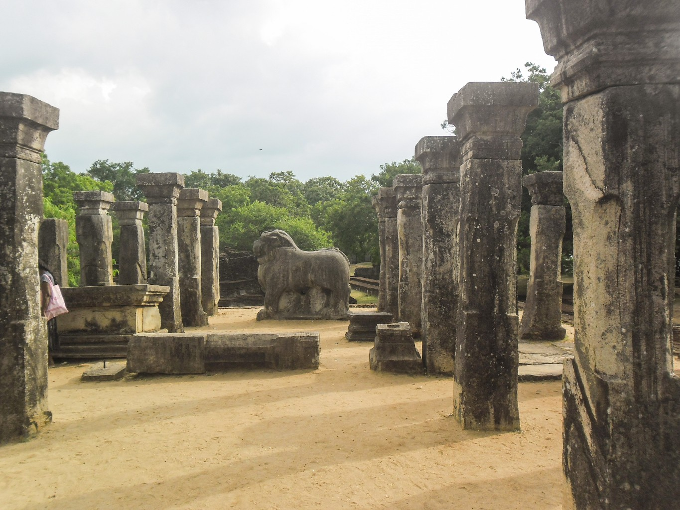 Council-Chamber-of-Nissankamalla-Ancient-City-of-Polonnaruwa-8