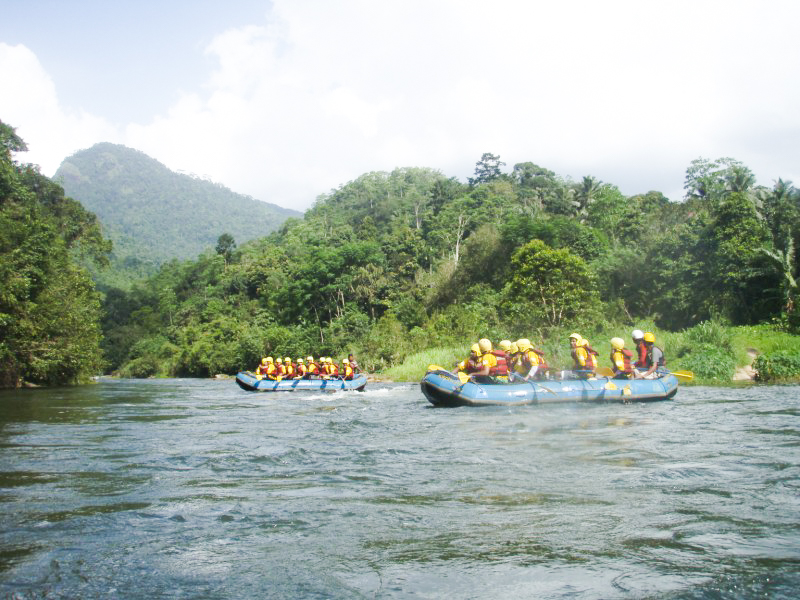 Kitulgala-Whitewater-Rafting-7