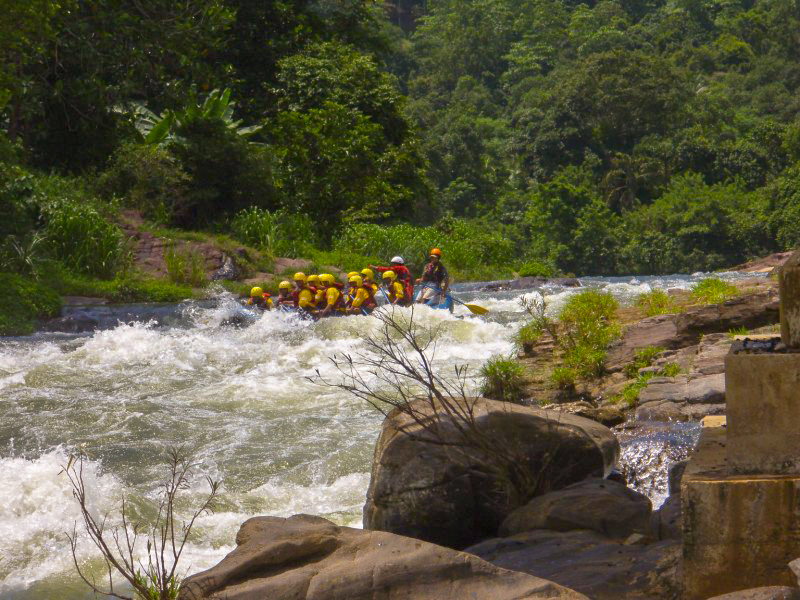 Whitewater-Rafting-in-Kitulgala-1